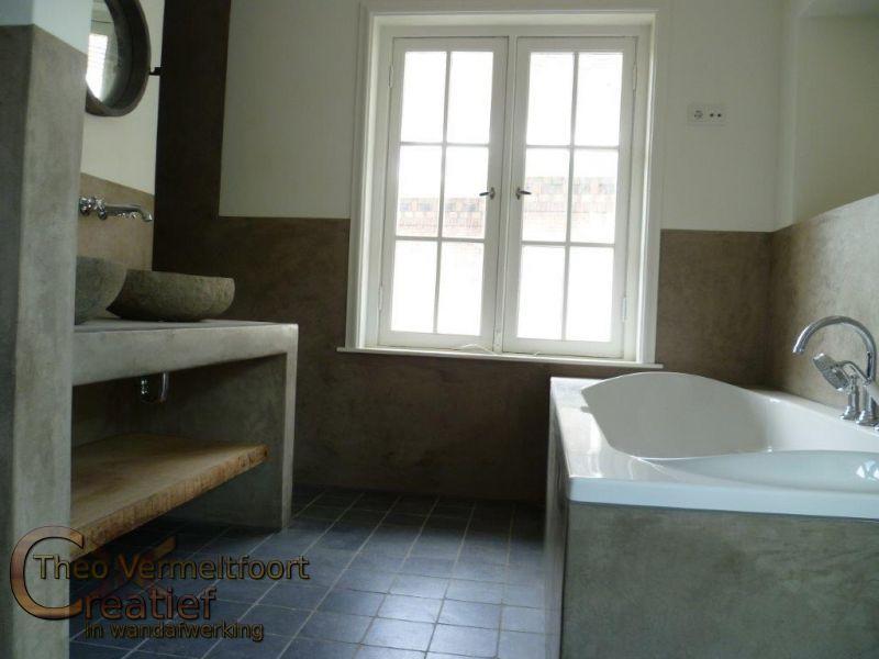 Badkamer in Tadelakt en stucwerk incl stoomcabine