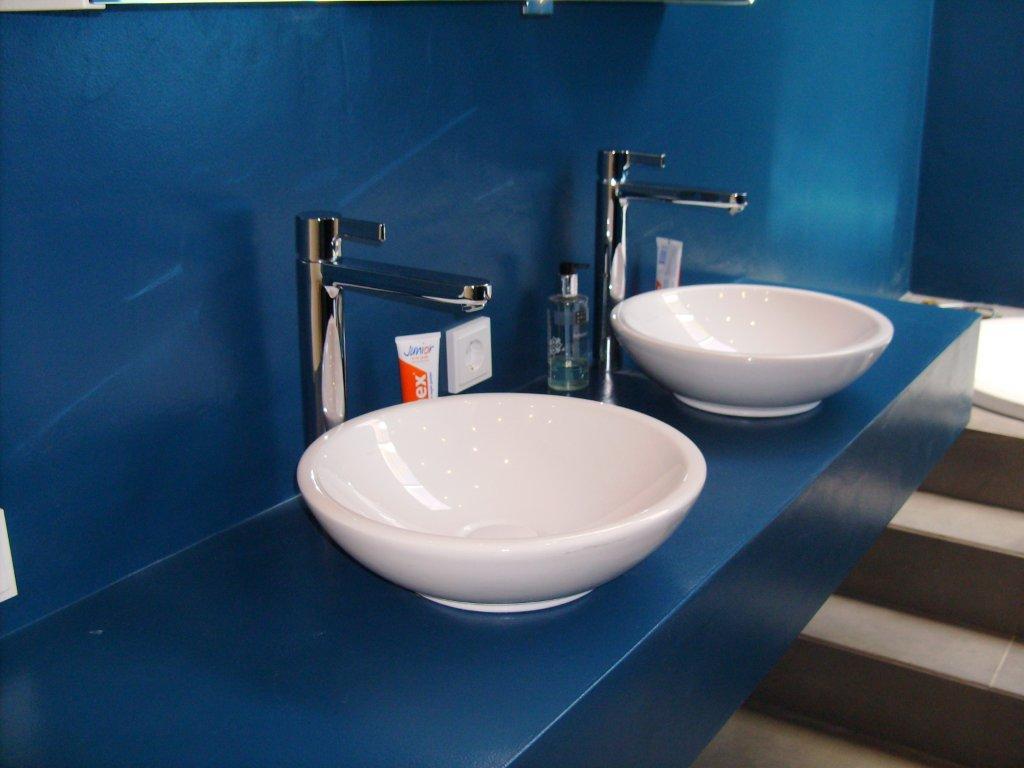 Keuken vloertegels keuken eindhoven : Beton-Ciru00e9 is gespecialiseerd stucwerk (sierbeton) dat zeer sterk ...