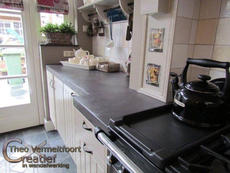 Aanrechtblad beton ciré in sfeervolle keuken